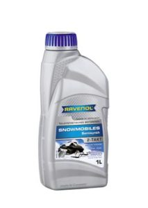 RAVENOL SNOWMOBILES Teilsynth 2-Takt – окрашенное в синий цвет полусинтетическое моторное масло, разработанное на основе специальных эстеров и полиизобутилена (ПИБ) с применением специального беззольного пакета присадок, для оптимального смазывания и защиты от коррозии 2-х тактных двигателей. Применяется в рекомендованной пропорции смешивания с обычным бензином 1:75. Подходит для смазывания двухтактных высоко оборотистых бензиновых двигателей снегоходов с воздушным охлаждением, работающих при высоких нагрузках. RAVENOL SNOWMOBILES Teilsynth 2-Takt прекрасно подходит для смазывания двухтактных двигателей снегоходов с водяным охлаждением. Этот продукт часто ищут по ключевым словам: для снегоходов, Arctic Cat, Bombardier, Kawasaki,Polaris, Ski-Doo, Suzuki, Yamaha